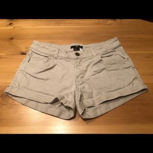 H&M women's denim shorts: gray